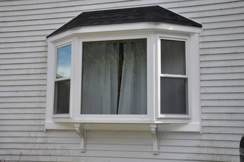 Lawrenceville home improvement center bay windows for Bay window replacement