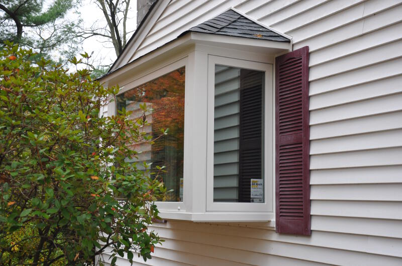 Box bay windows pictures to pin on pinterest pinsdaddy for Box bay window